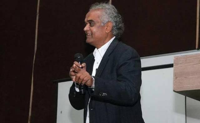 Billionaire Heir Dravya Dholakia Learned Life Lesson Hard Way