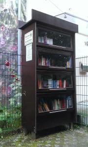 Bücherschrank in der Scharnhorststrasse beim Bunker