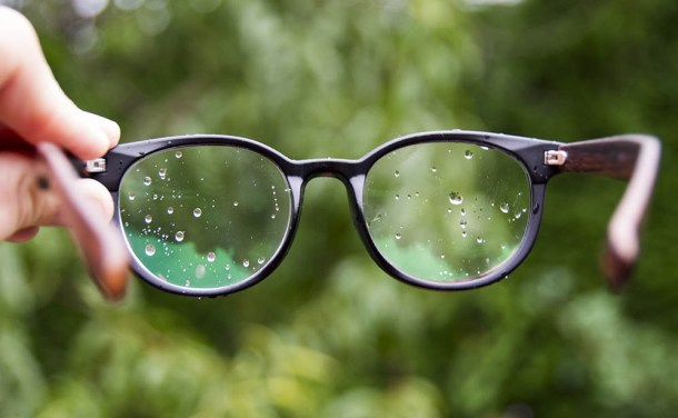 glasses in the rain, vancouver, canada, dad blog