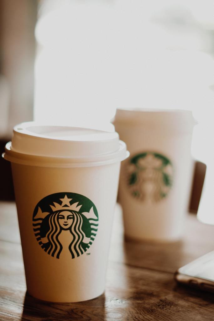 coffee, starbucks coffee, stock photo of starbucks cup, customer service, socialdad, vancouver