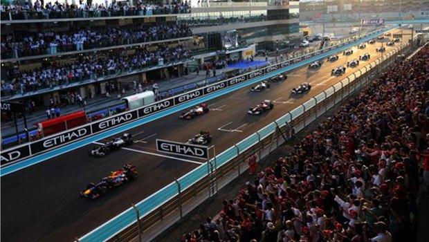 F1-Auto-Racing-dubai--social-magazine
