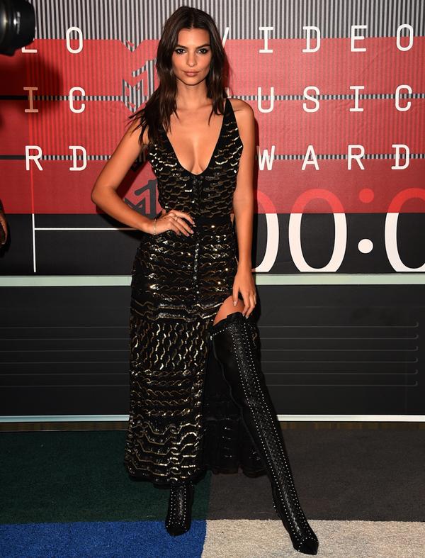 Best-Dressed-Emily-Ratajkowski
