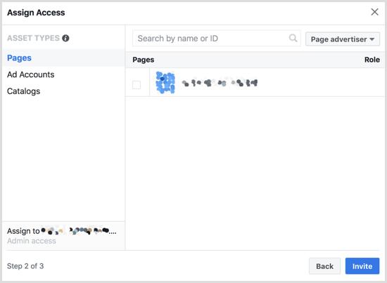 Cet écran vous permet d'accorder à vos employés un accès à n'importe quelle page connectée à votre compte Business Manager.