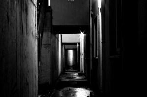 dark_alley_roomic_cube_flickr