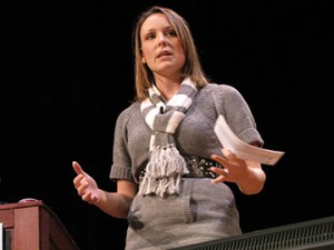 Keynote Speaker Nichole Kelly