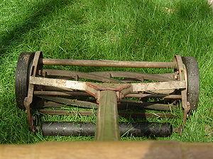 English: Reel lawn mower