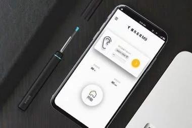 El limpiador de orejas de Xiaomi funciona con cualquier smartphone y permite el monitoreo de la limpieza con una pequeña cámara y luz