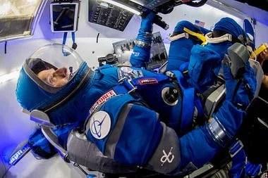 Así luce el traje diseñado por Boeing, otra de las compañías autorizadas por la NASA en el programa espacial comercial