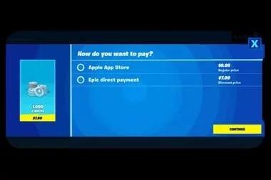 La pantalla que muestra las dos opciones dentro de Fortnite: la oficial dentro del App Store y el pago directo a Epic Games con descuento, que provocó la remoción del juego en la tienda de Apple