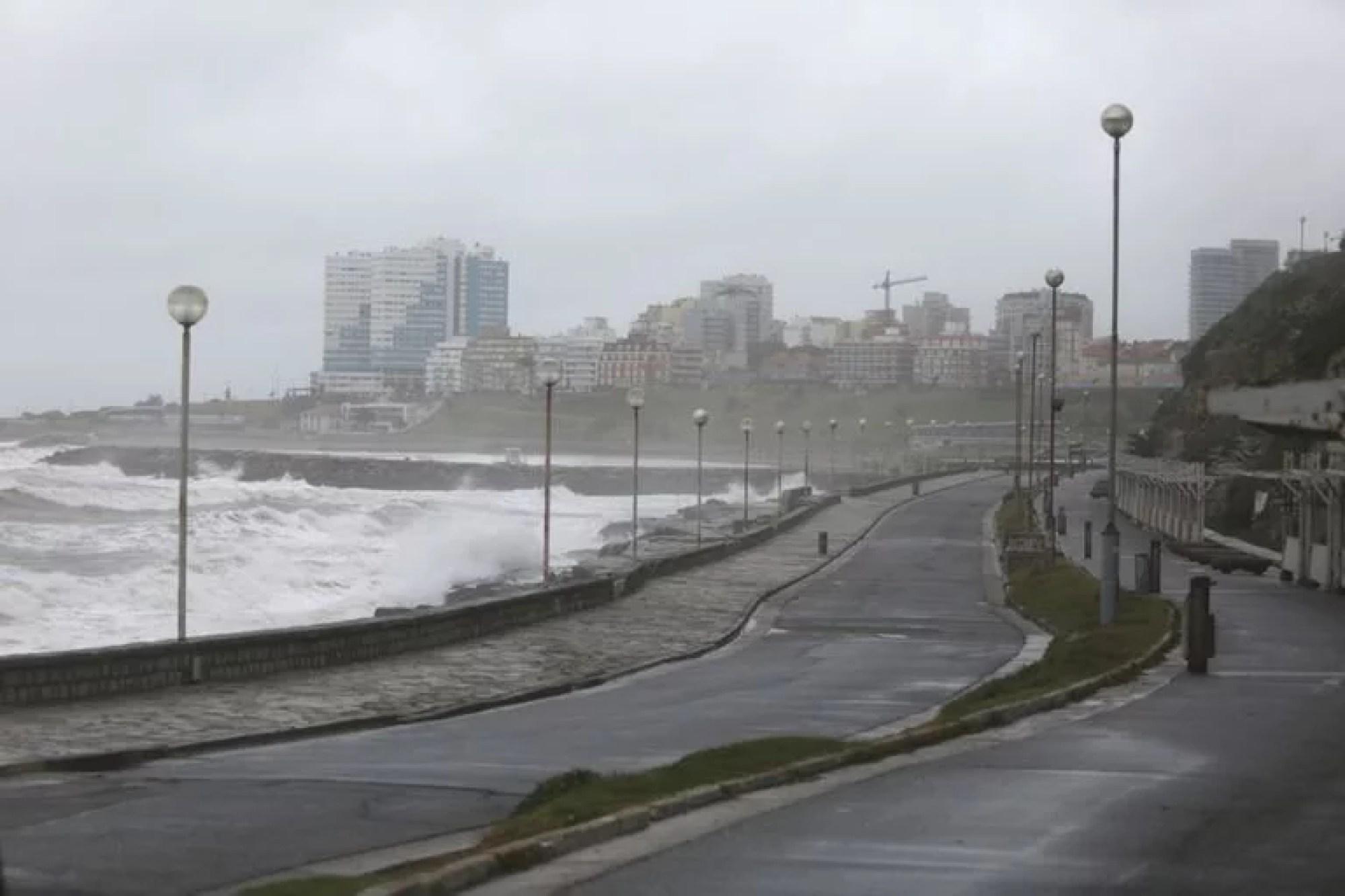 En Fase 1, Mar del Plata no puede recibir turistas, solo funcionan comercios considerados esenciales y la educación vuelve a la virtualidad