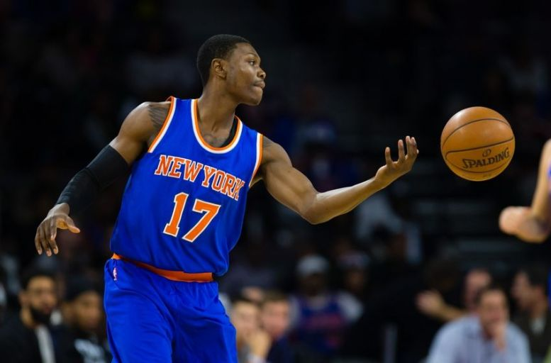 Knicks Cleanthony Early  Shot in Leg During Robbery