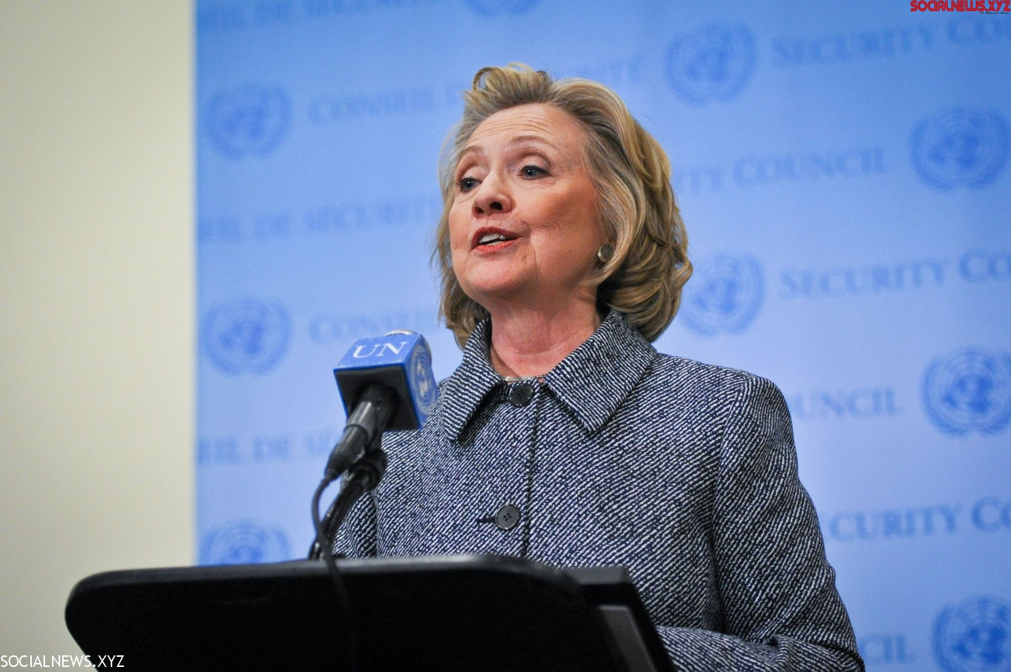 Keep Up 'resistance and persistence': Hillary