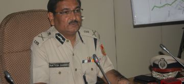 New Delhi: Delhi Police Special Commissioner (Traffic) Muktesh Chander addresses a press conference in New Delhi, on Oct 27, 2015. (Photo: IANS)