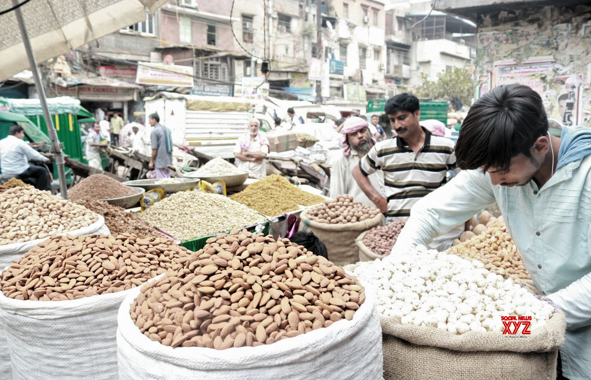 Slowdown, soft commodity prices dent India Inc's Q2 revenue growth