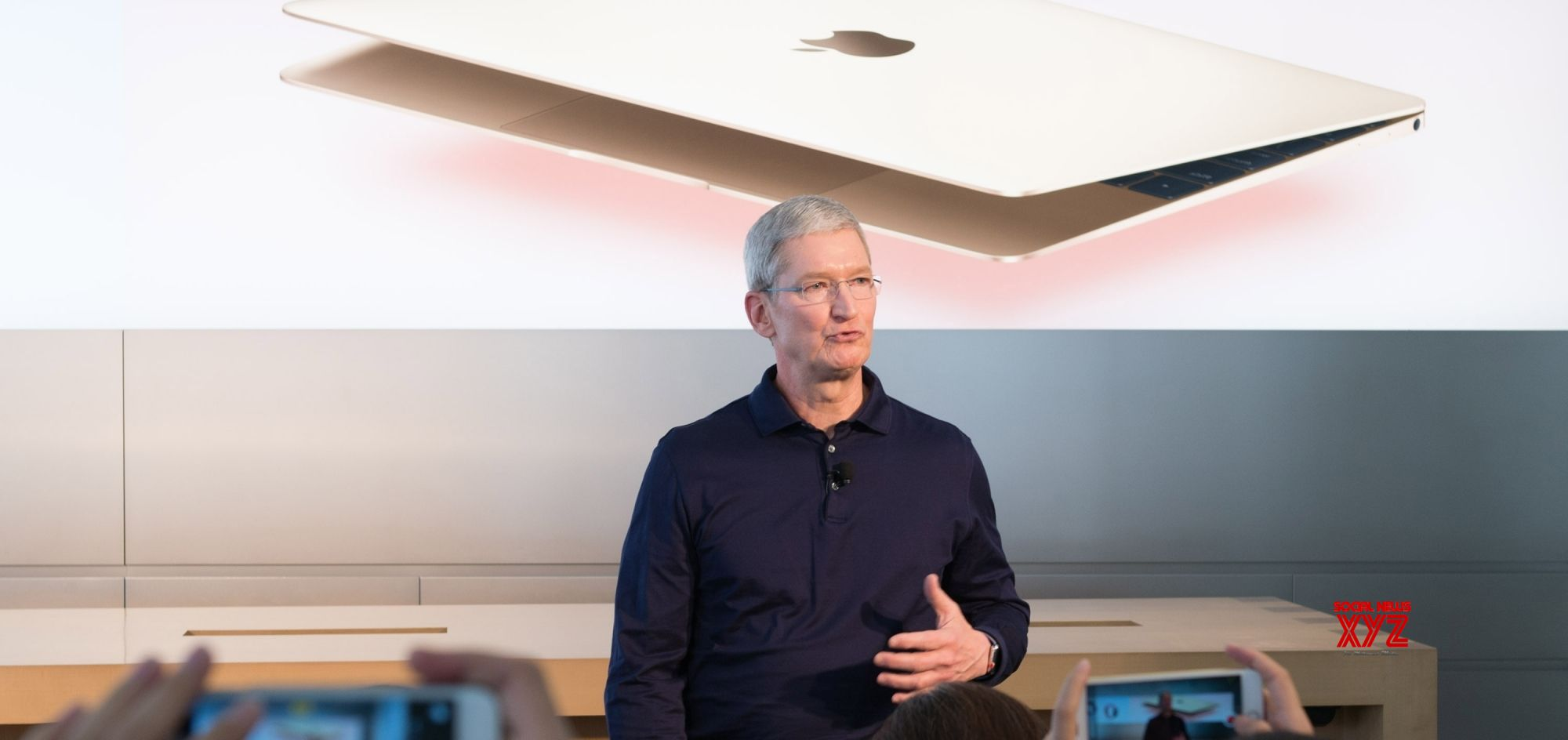 Apple CEO visits White House, meets Trump: Report