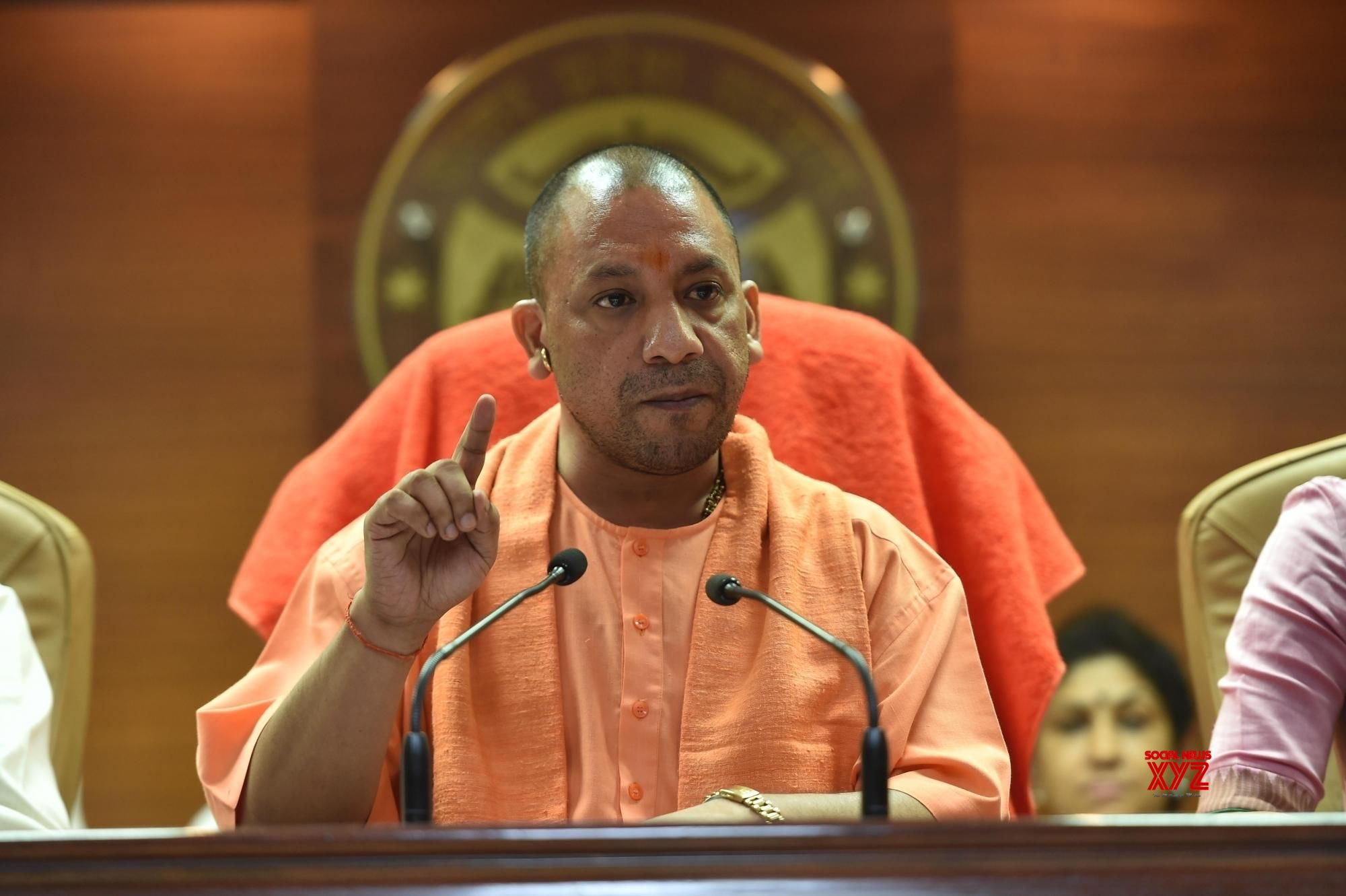 UP CM should apologise to families of deceased children: Azad