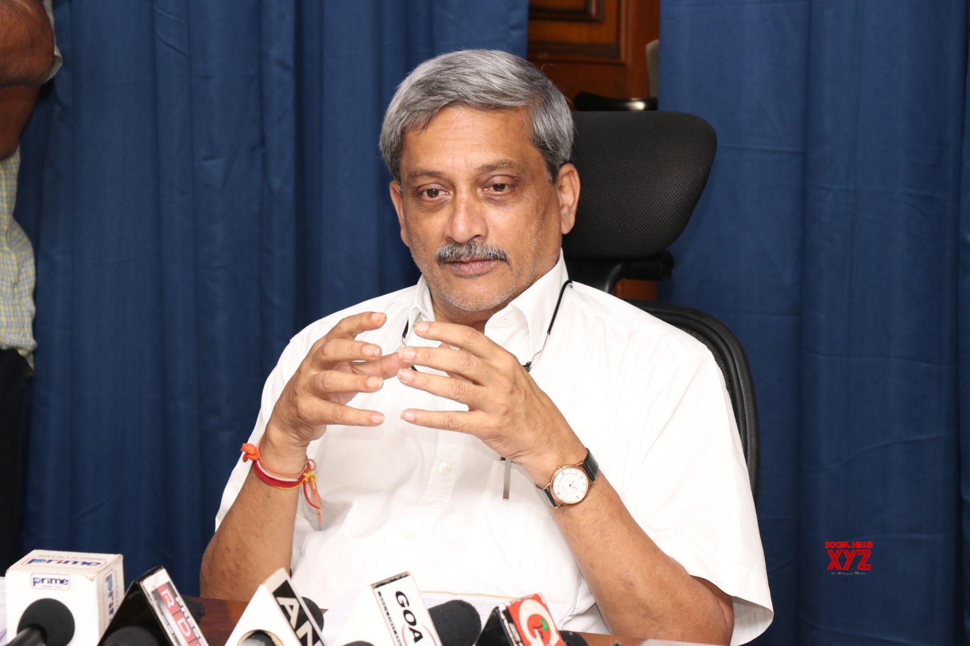Goa CM Parrikar dead after long battle with cancer