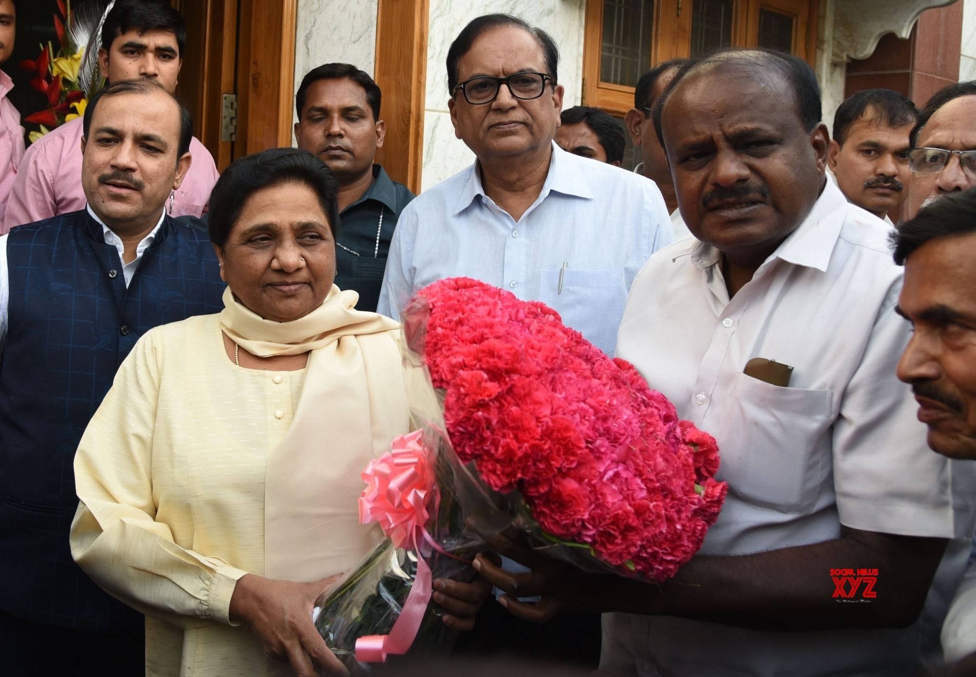 New Delhi: Janata Dal-Secular (JD-S) leader and Karnataka Chief Minister-designate H.D. Kumaraswamy meets BSP chief Mayawati, in New Delhi on May 21, 2018. (Photo: IANS)