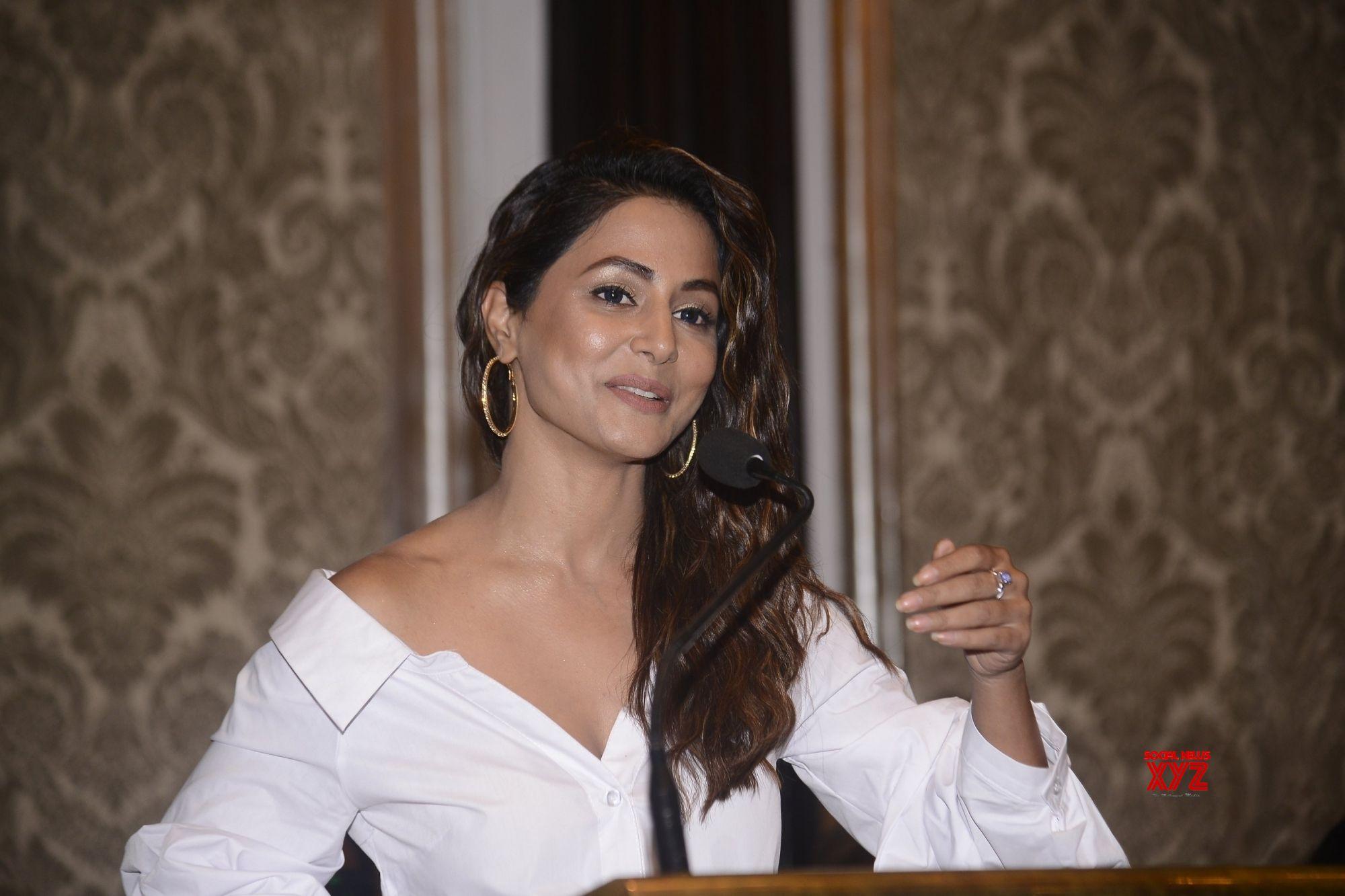 Mumbai Hina Khan During A Programme Gallery Social News Xyz
