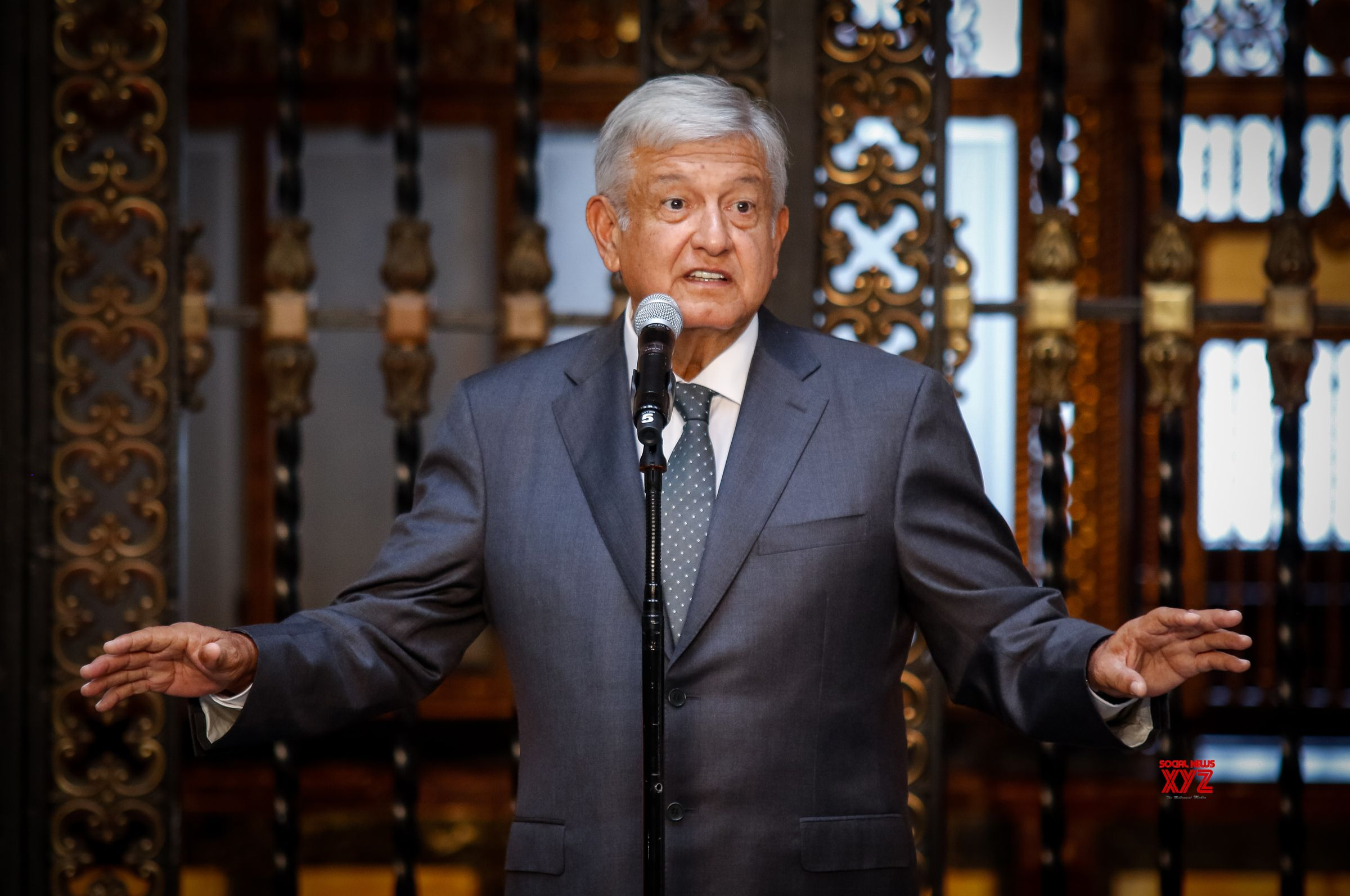 Mexico's President Responds With Amity to Trump's Hostile Tweets