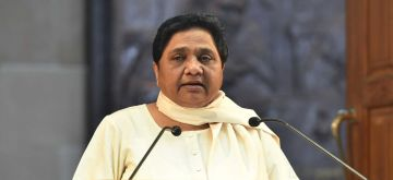 Lucknow: BSP chief Mayawati addresses a press conference in Lucknow on June 2, 2018. (Photo: IANS)
