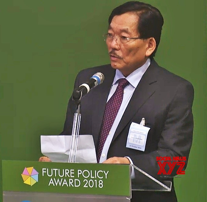 Rome (Italy): Sikkim Chief Minister Pawan Kumar Chamling addresses the gathering after receiving United Nations Food and Agriculture Organisation's (FAO) Future Policy Gold Award  for state's achievement in becoming the world's first totally organic agriculture state; in Rome, Italy on Oct 15, 2018. (Photo: IANS)