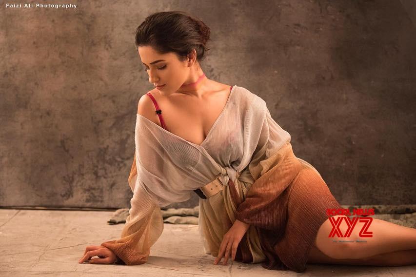 Actress Ruhani Sharma Hot Stills