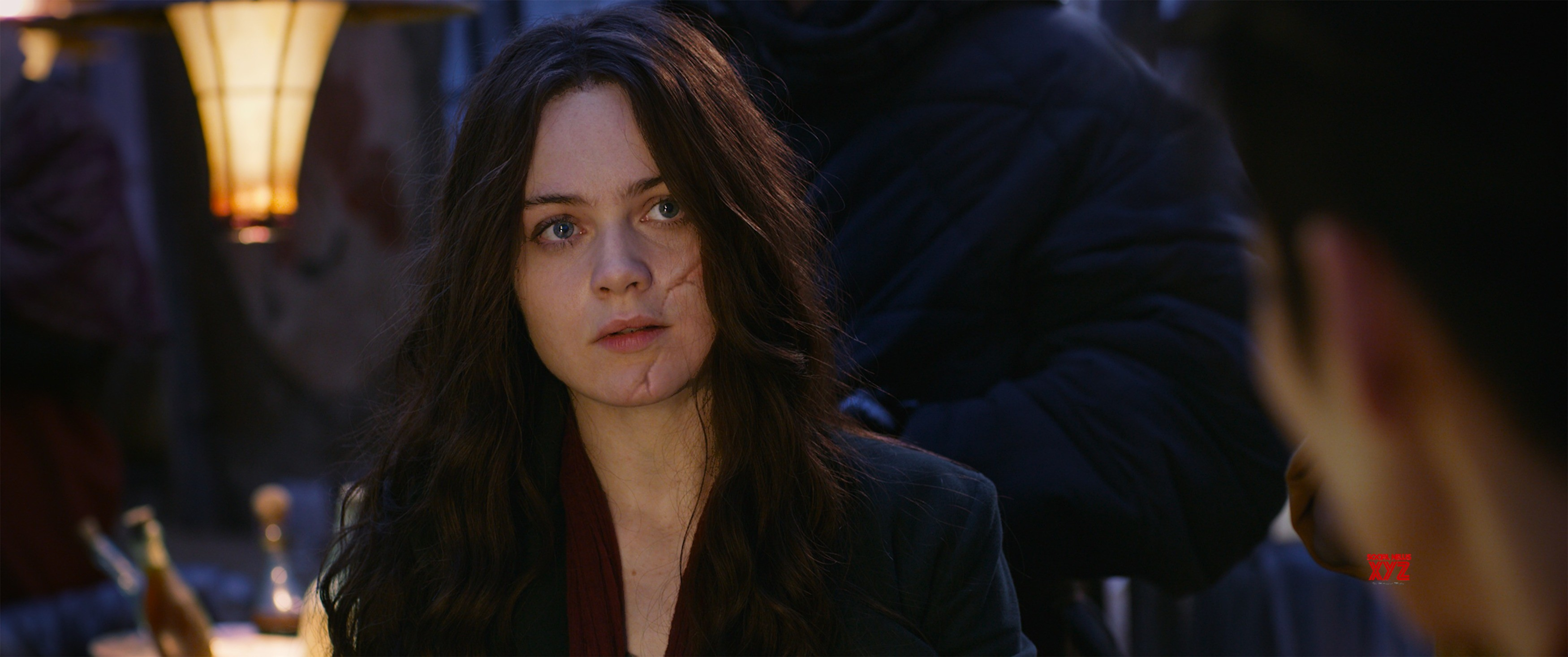 Mortal Engines Review: Action packed and engrossing drama (Rating: ****)