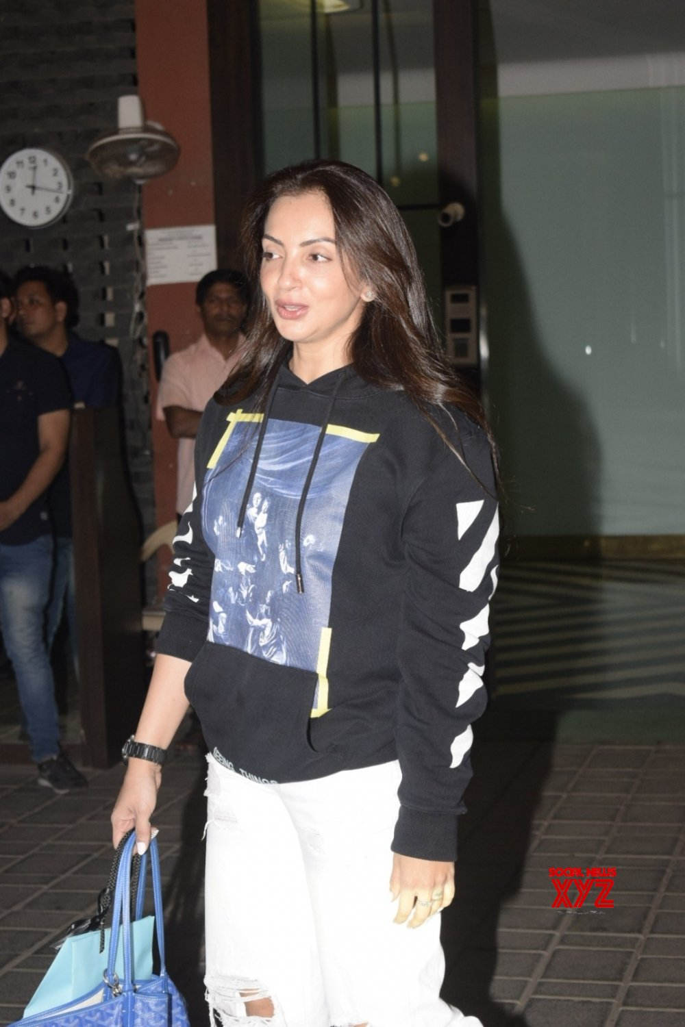 Mumbai: Arpita Khan Sharma hosted a party on mother Salma Khan's birthday #Gallery