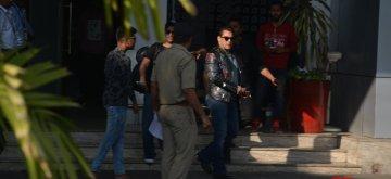 Mumbai: Actor Salman Khan seen at Mumbai's airport on Dec 9, 2018. (Photo: IANS)