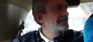 New Delhi: British national Christian Michel James, the middleman wanted in the Rs 3,600 crore AgustaWestland VVIP chopper deal case, being taken to be produced before Patiala House Court, on Dec 30, 2018. (Photo: IANS)
