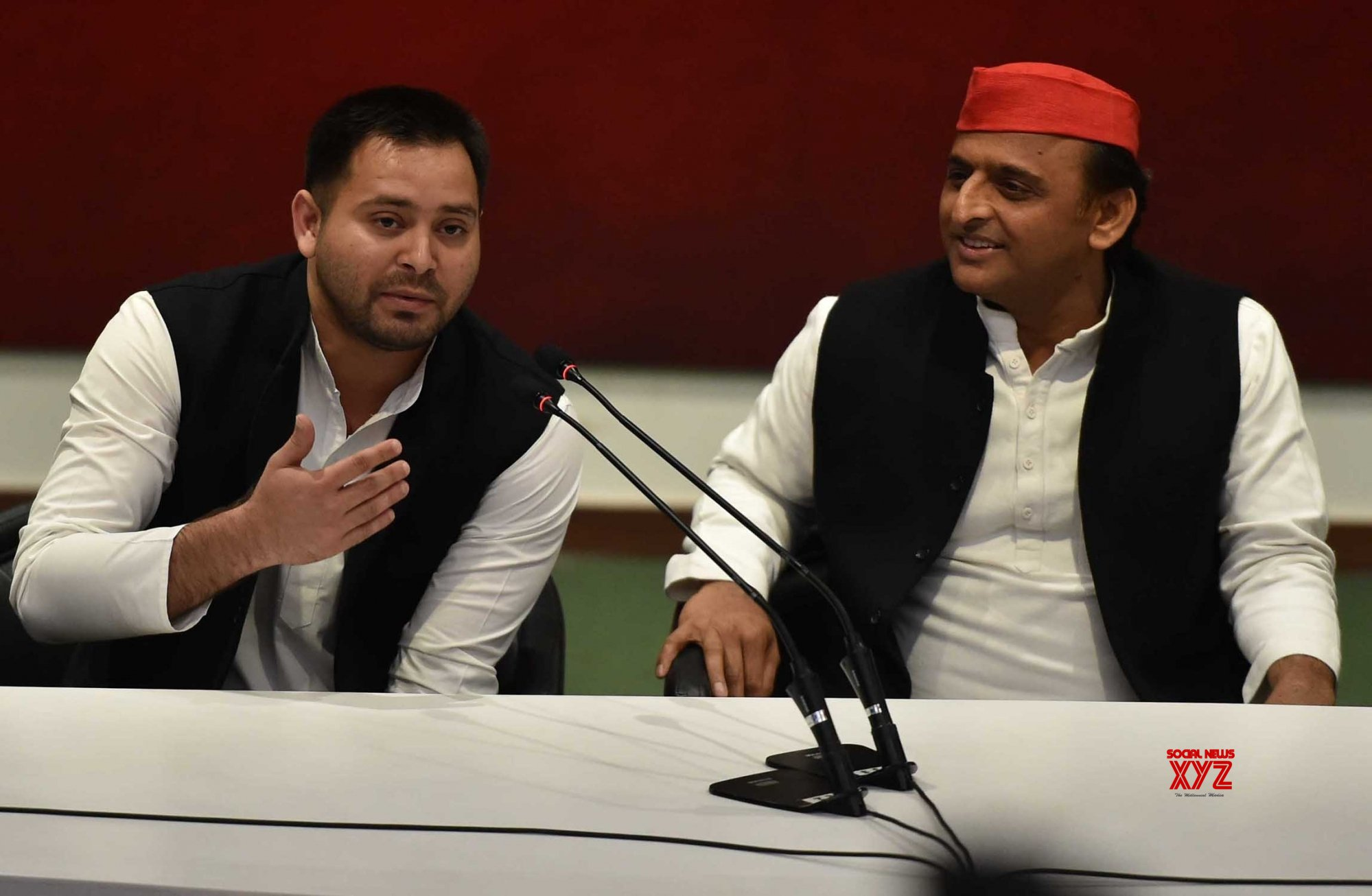 Lucknow: Akhilesh - Tejashwi press conference #Gallery