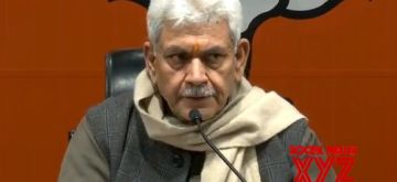 New Delhi: Union MoS Communications and Railways and BJP leader Manoj Sinha addresses a press conference in New Delhi, on Jan 24, 2019. (Photo: IANS)