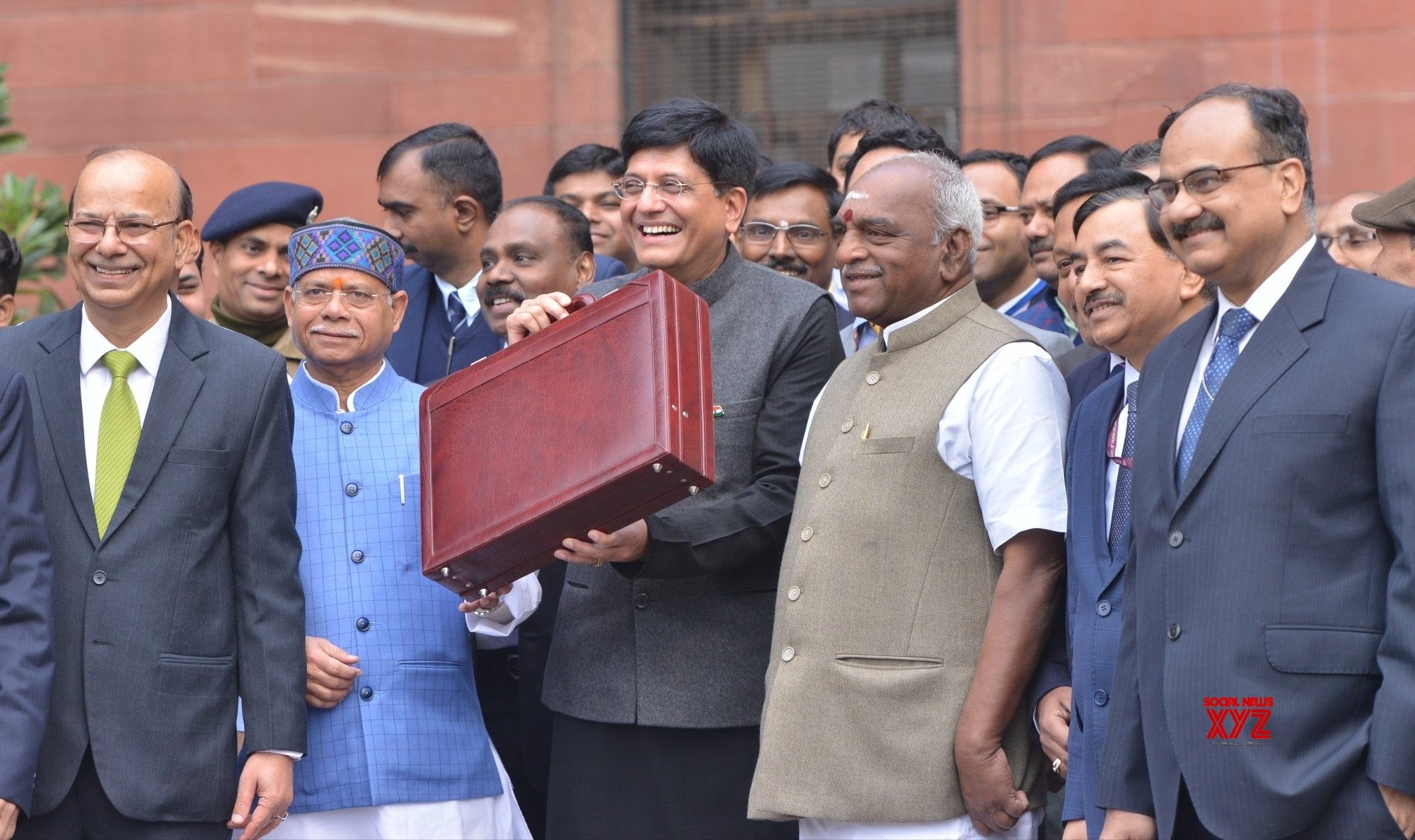 A budget that is good politics and economics rolled into one