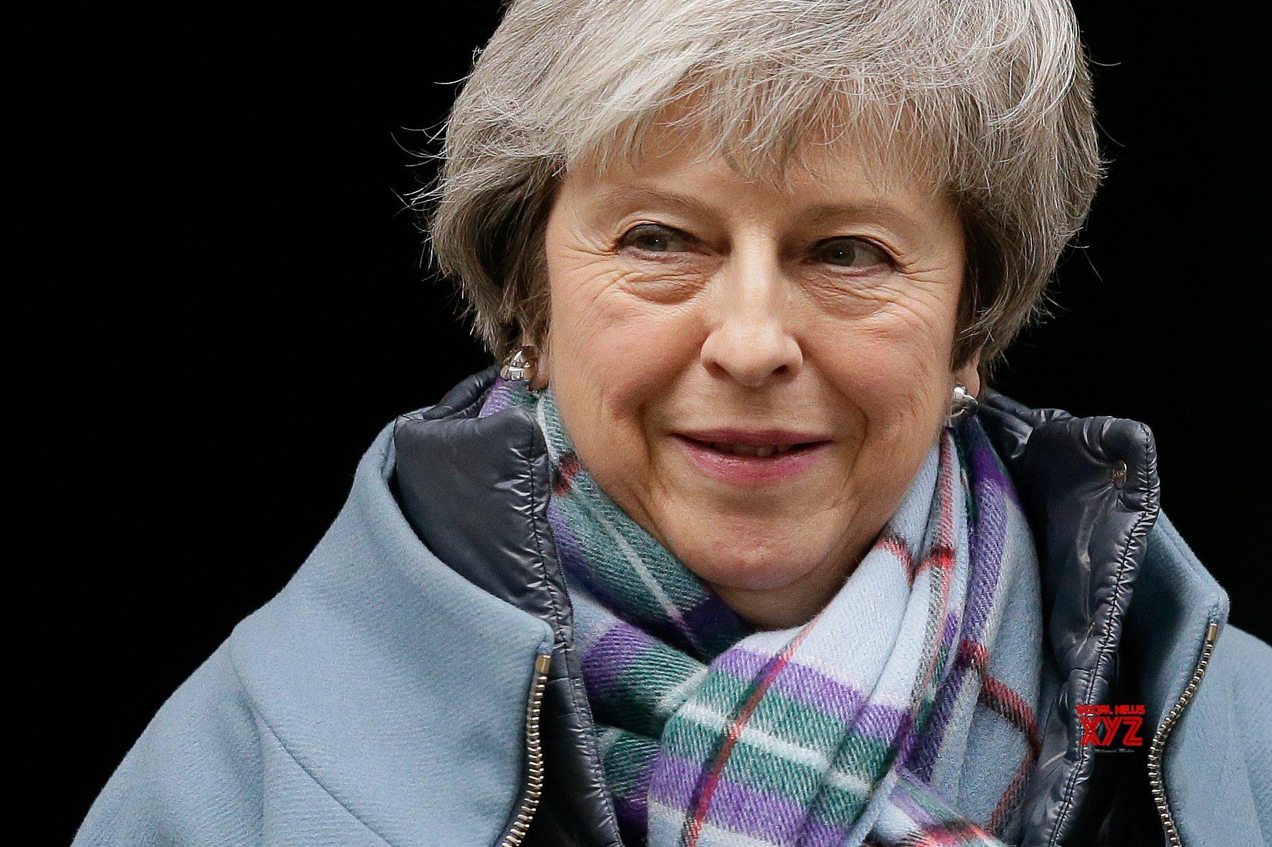 Last-ditch bid to avert no-deal Brexit