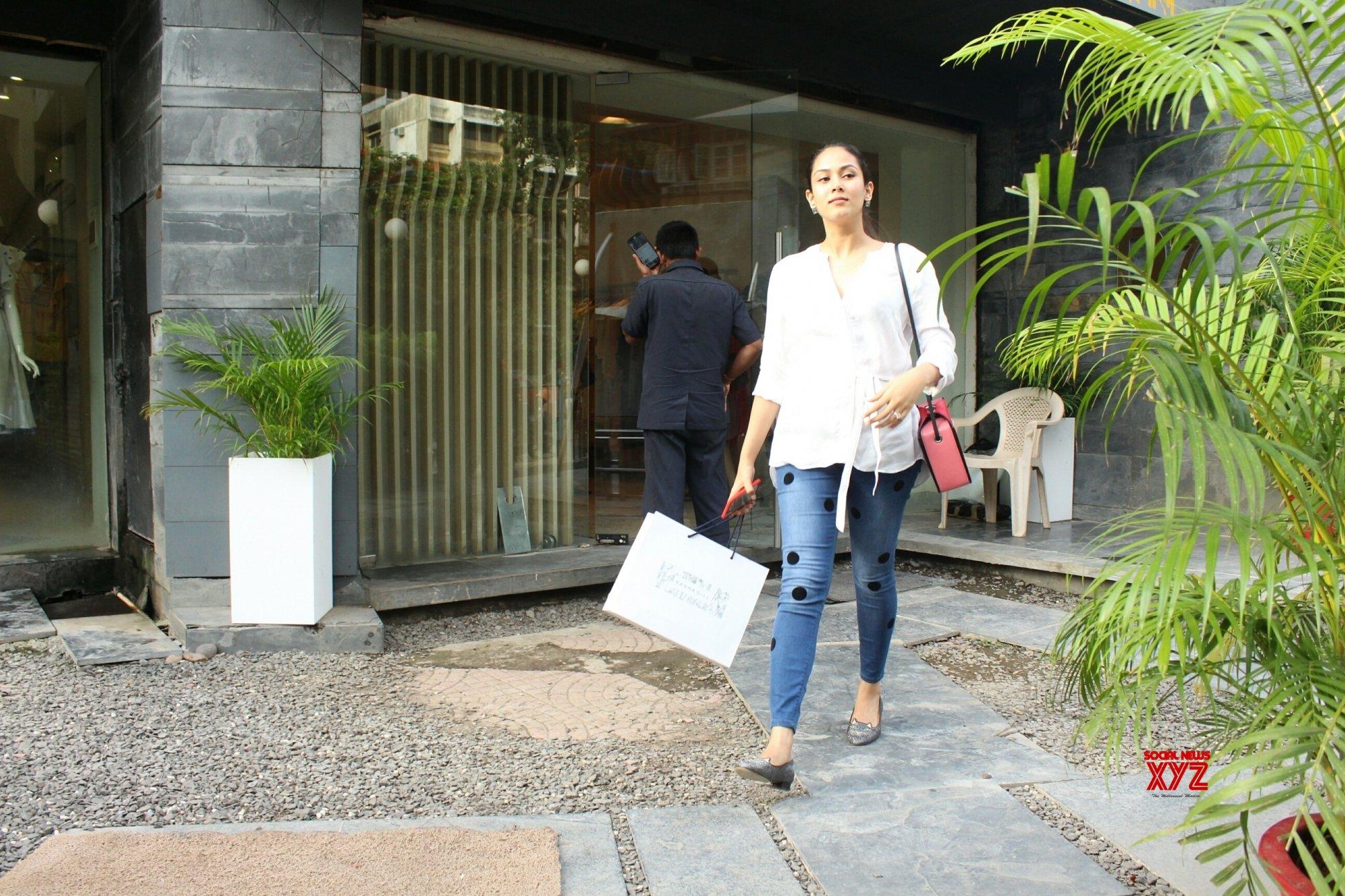 Doesn't make sense to get serious about everything: Mira Rajput Kapoor