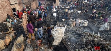 New Delhi: A view of the site at Shaheed Bhagat Singh Camp where a fire gutted at least 250 shanties, in Paschim Puri of west Delhi on Feb 13, 2019. The Delhi government has announced Rs 25,000 for each of the affected families along with food and tents to stay in until they re-establish themselves. (Photo: IANS)