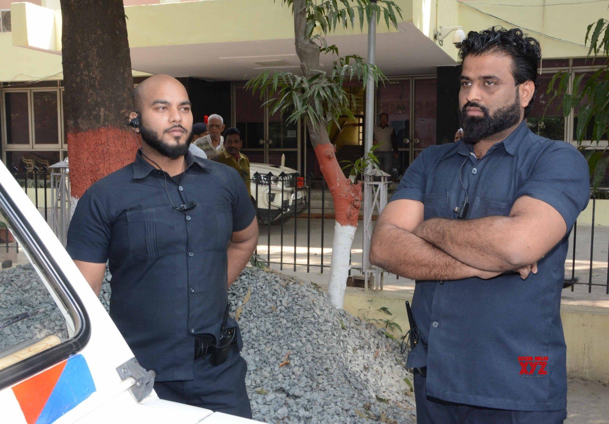 Patna: Bouncers accompany Tej Pratap Yadav to Bihar Assembly #Gallery