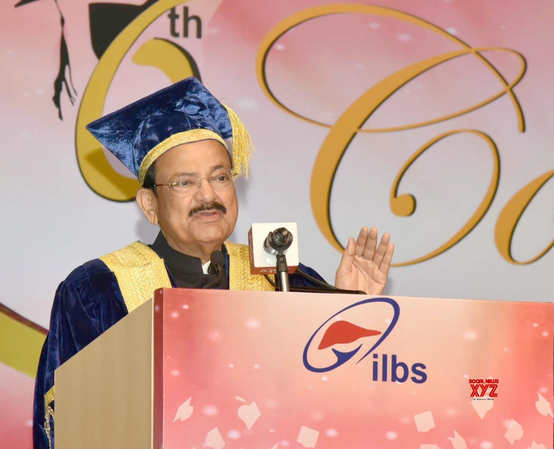 New Delhi: Venkaiah Naidu addresses at ILBS Convocation #Gallery