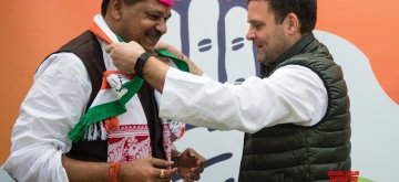 New Delhi: Cricketer turned politician Kirti Azad joins Congress in presence of party president Rahul Gandhi in New Delhi on Feb 18, 2019. (Photo: IANS)