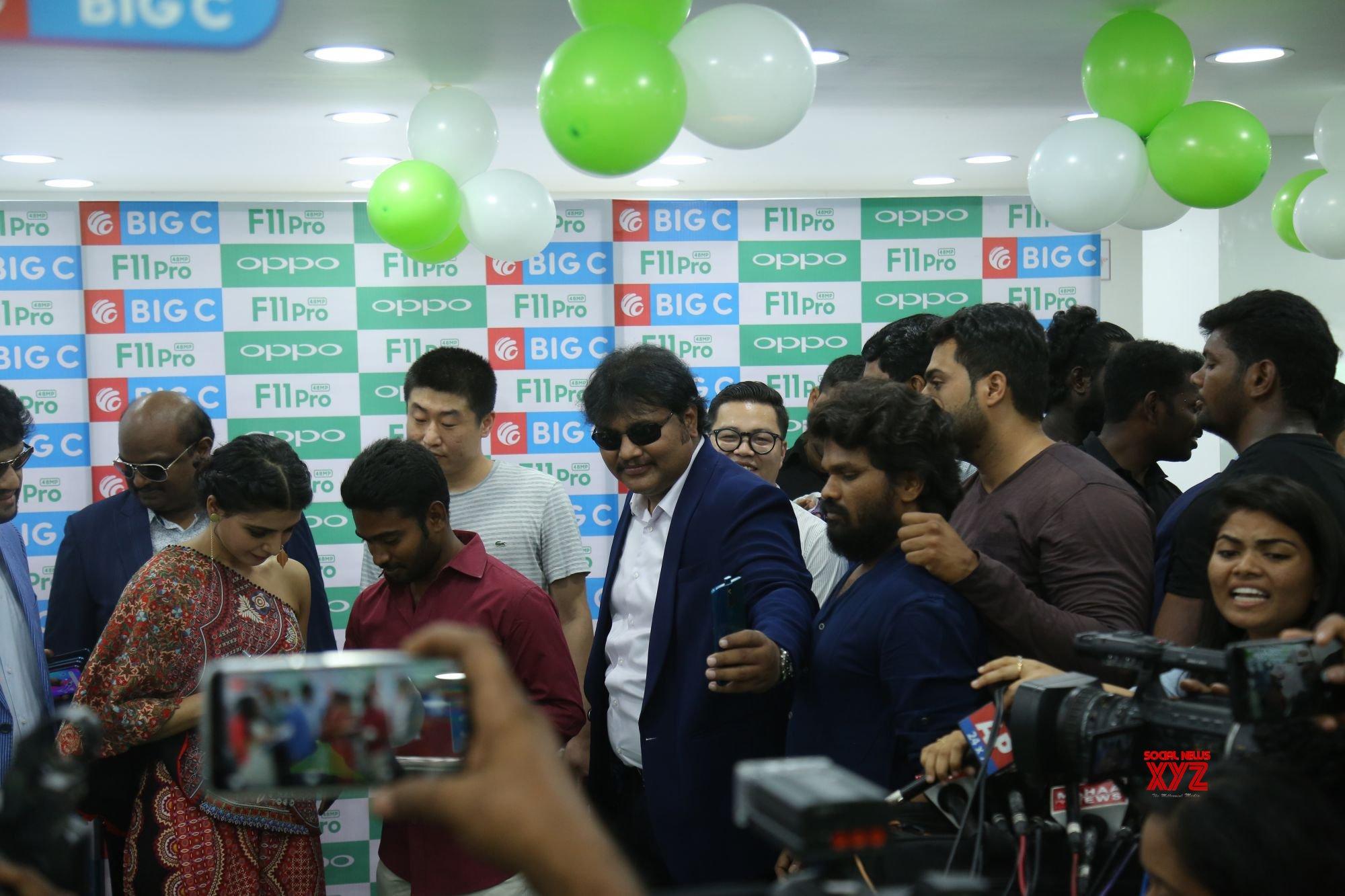 Samantha Launches Oppo F11 Pro At Big C Mobiles Vijayawada Gallery Set 2