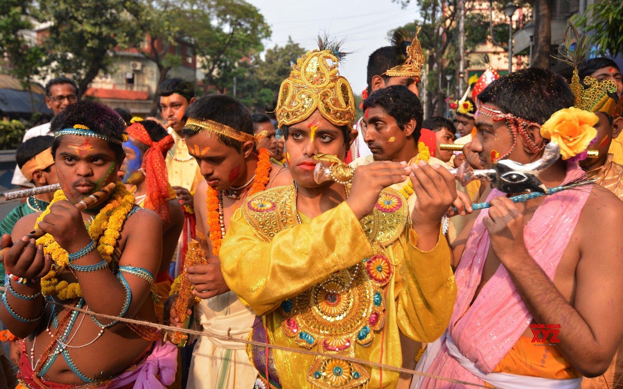 Kolkata: 'Basanta Utsav' #Gallery