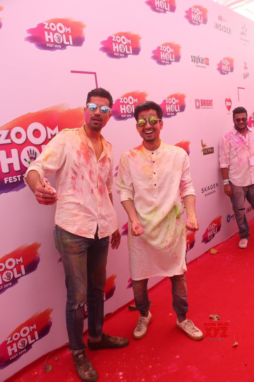 Mumbai: Holi party - Sumeet Vyas #Gallery