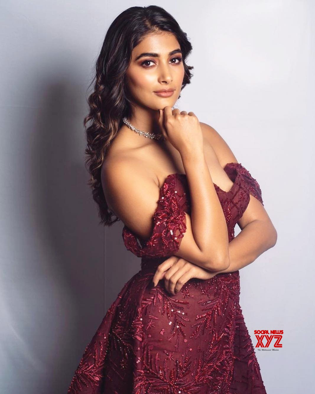 Actress Pooja Hegde Hot New Mess Stills
