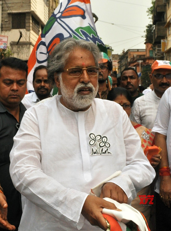 Kolkata: Trinamool's Sudip Bandyopadhyay during election campaign #Gallery