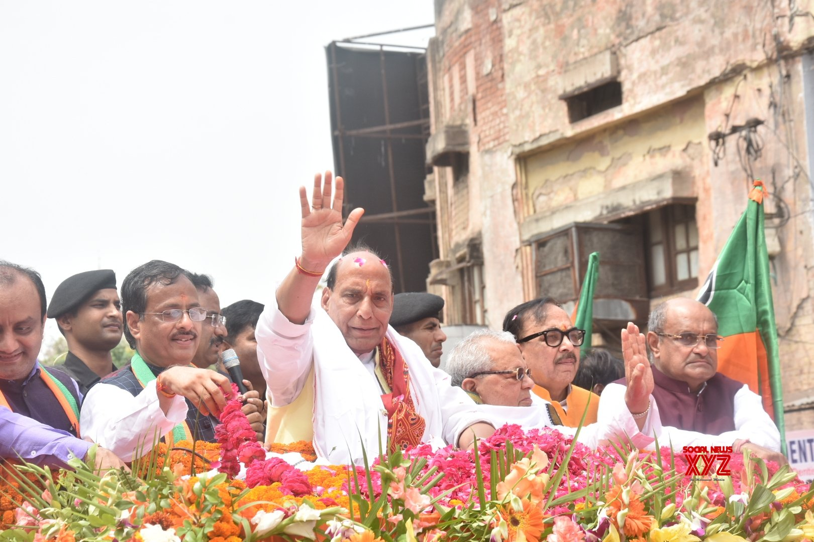 Rajnath files nomination, no rival in sight