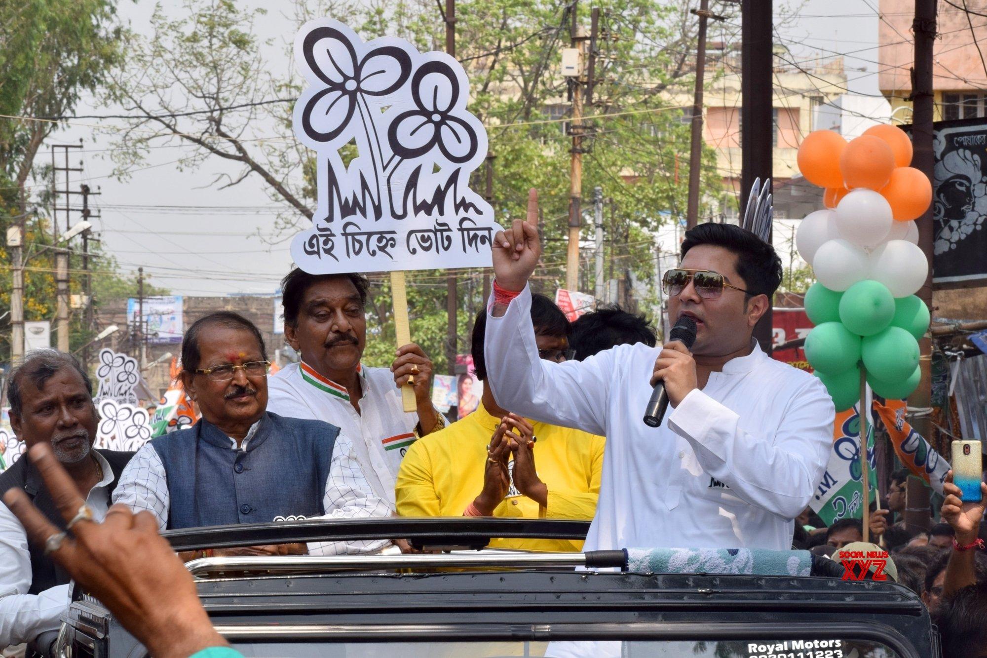 Bankura (West Bengal): TMC's Abhishek Banerjee, Subrata Mukherjee during a roadshow #Gallery