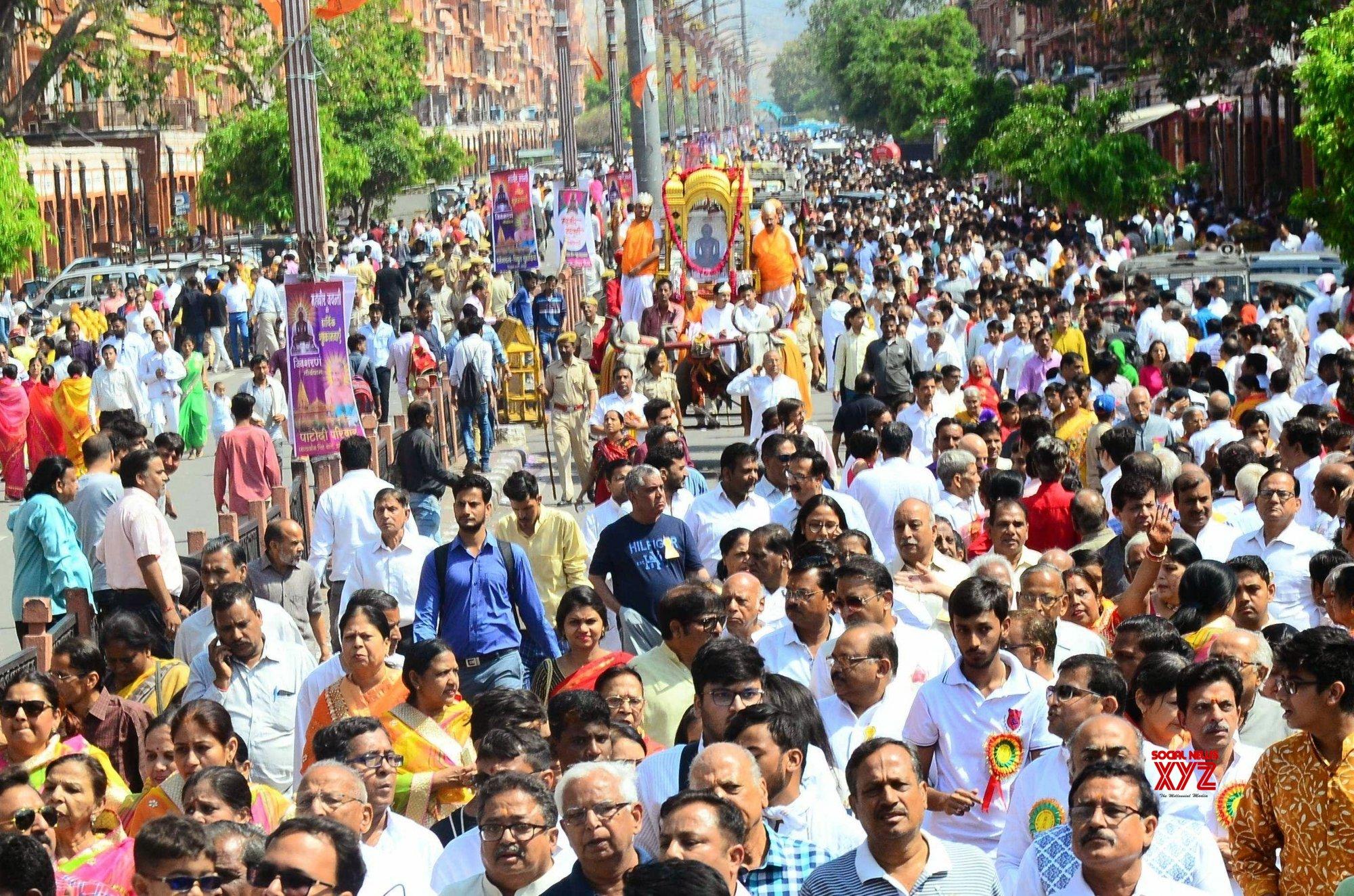 Jaipur: Mahavir Jayanti - Devotees during 'Shobha Yatra' #Gallery