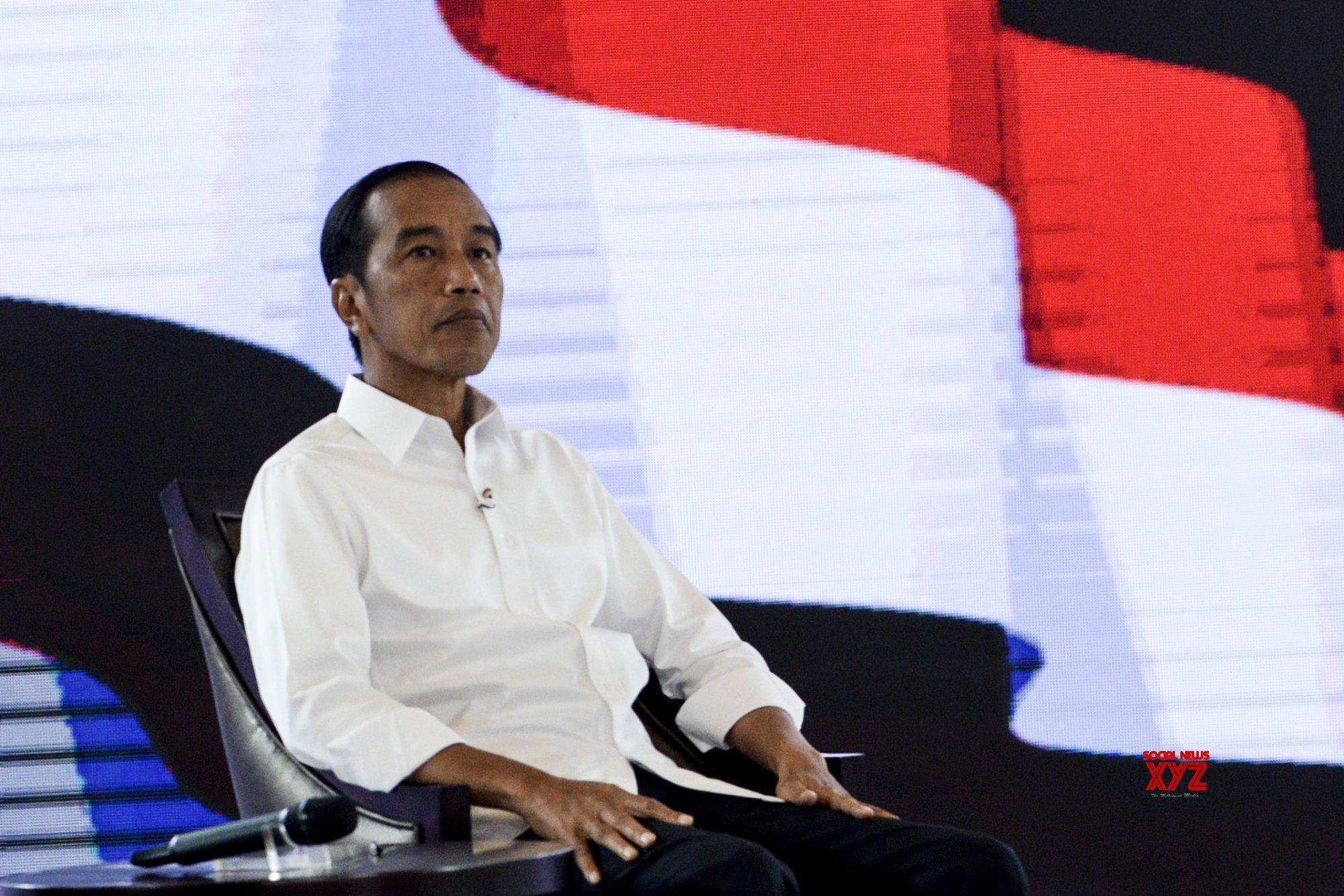 Indonesian Prez Widodo receives Chinese Covid-19 vaccine