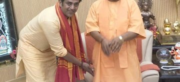 Lucknow: Bhojpuri actor and BJP's Lok Sabha candidate from Gorakhpur, Ravi Kishan meets Uttar Pradesh Chief Minister Yogi Adityanath, in Lucknow on April 17, 2019. (Photo: IANS)